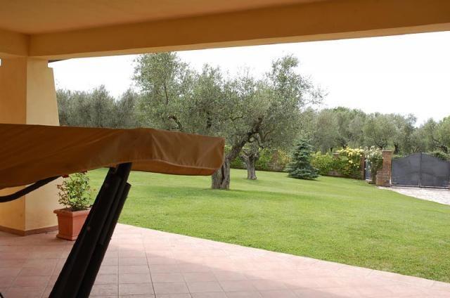 Viterbo villa di campagna vetralla fz554 agenzia for Immobiliare affitto ufficio roma